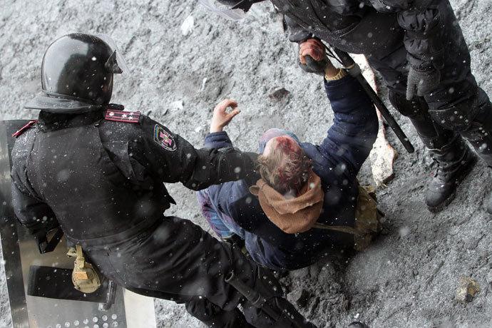 January 22, 2014. (AFP Photo / Anatolii Boiko)