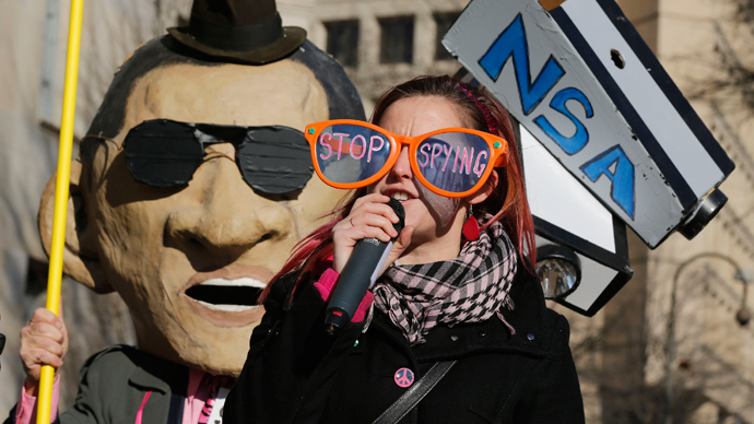 Independent panel denounces 'chilling' NSA program as illegal, demands end