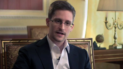 US intelligence chief: Snowden and 'accomplices' should return stolen info