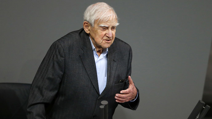 Appalling truth of Leningrad siege: 95yo Russian writer gives powerful speech at Bundestag