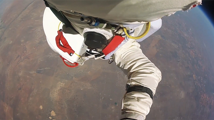 First person plunge: Baumgartner's exhilarating space leap (VIDEO)
