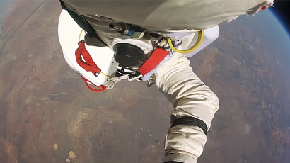 'High performing' Google exec quietly breaks stratosphere jump record (VIDEO)