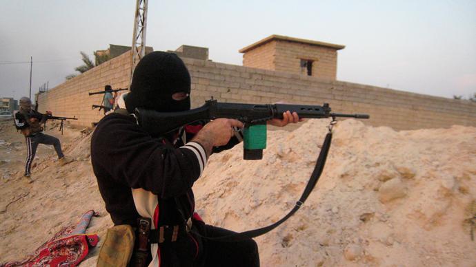 Under siege: Iraqi military prepares raid on militant-held Fallujah