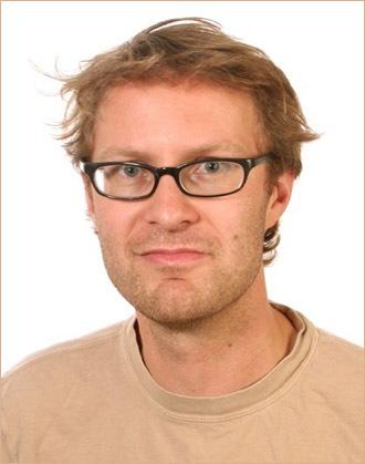 Luke Harding (Image from Twitter @lukeharding1968)