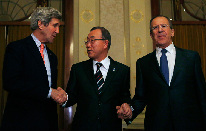 U.S. Secretary of State John Kerry (L-R), U.N. Secretary-General Ban Ki-moon and Russia's Foreign Minister Sergey Lavrov (Reuters / Gary Cameron)