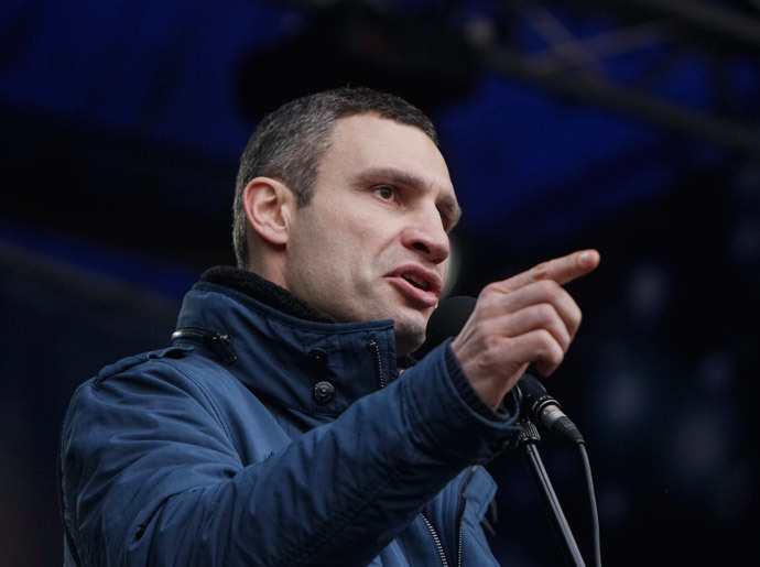 Opposition leader Vitaly Klitschko attends an anti-government rally in Kiev February 9, 2014 (Reuters / Gleb Garanich)