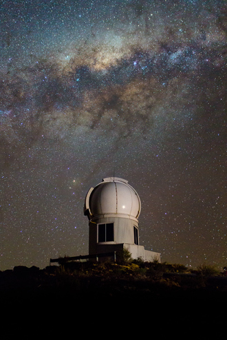 SkyMapper telescope seen under the Milky Way at the Siding Spring Observatory near Coonabarabran, New South Wales, Australia (AFP Photo / Space Telescope Science Institute)