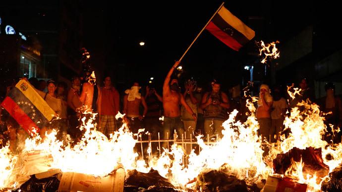 Venezuela's President Maduro accuses Obama of inciting violence