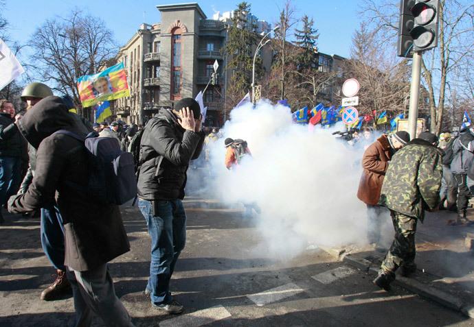 Kiev February 18, 2014.(Reuters / Gleb Garanich)