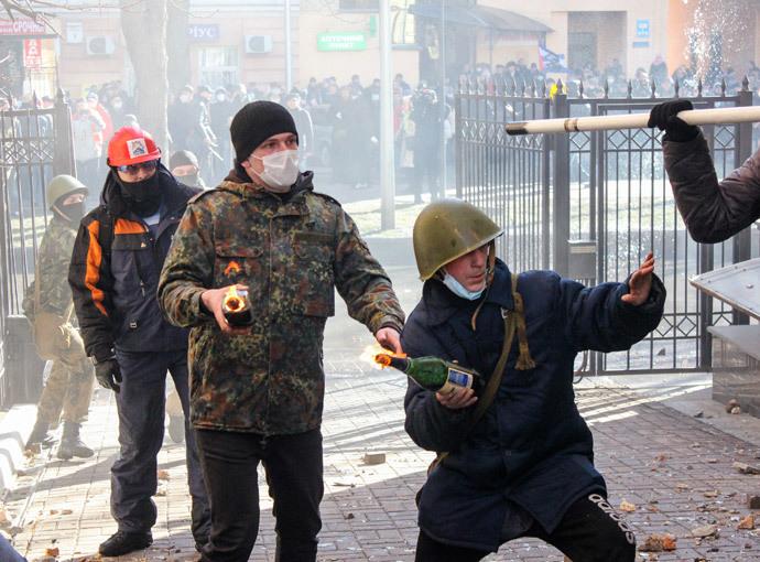 Kiev, February 18, 2014.(Reuters / Maksym Kudymets )