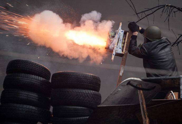 Independence Square Kiovassa 20 helmikuu 2014.  (Reuters)
