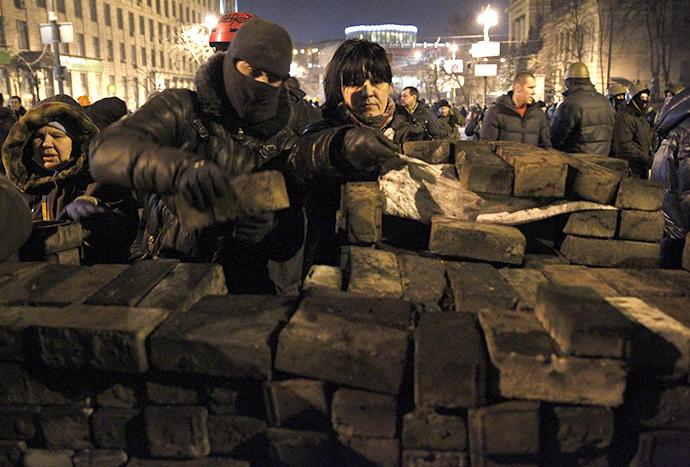 Kiova 20. helmikuuta 2014.  (Reuters / David Mdzinarishvili)