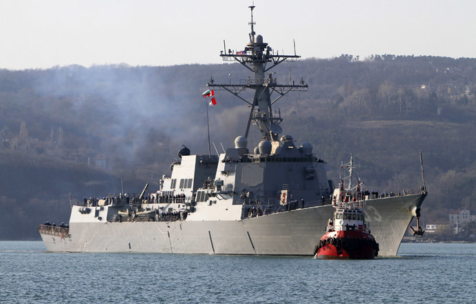 The USS Truxtun, a U.S. guided-missile destroyer, enters the Black Sea port of Varna March 13, 2014. (Reuters/Impact Press Group)