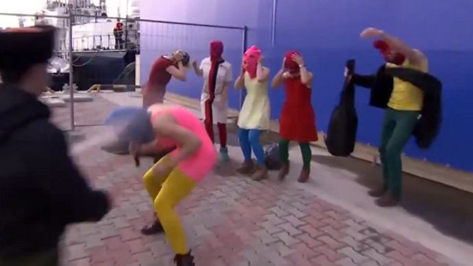 Pussy Riot whipped by Cossacks in Sochi performance fail