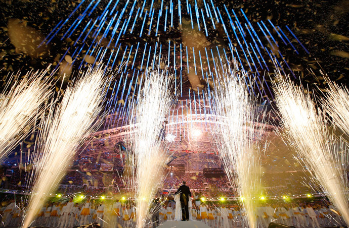 Fireworks explode in the closing ceremony for the Sochi 2014 Winter Olympic Games February 23, 2014. (Reuters / Marko Djurica)