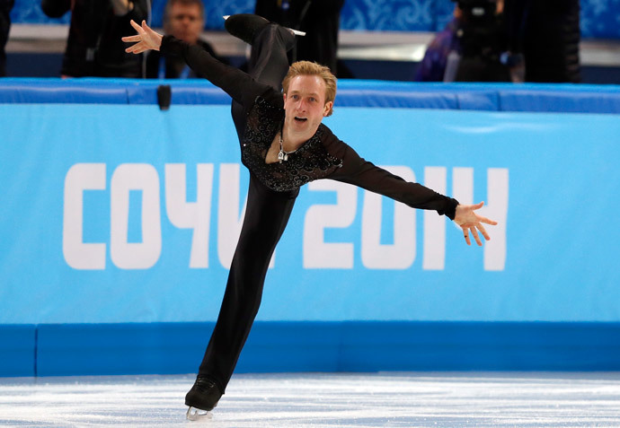 Russia's Yevgeni Plushenko performs in the Men's Figure Skating Team Free Program at the Iceberg Skating Palace during the Sochi Winter Olympics on February 9, 2014. (AFP Photo / Adrian Dennis)