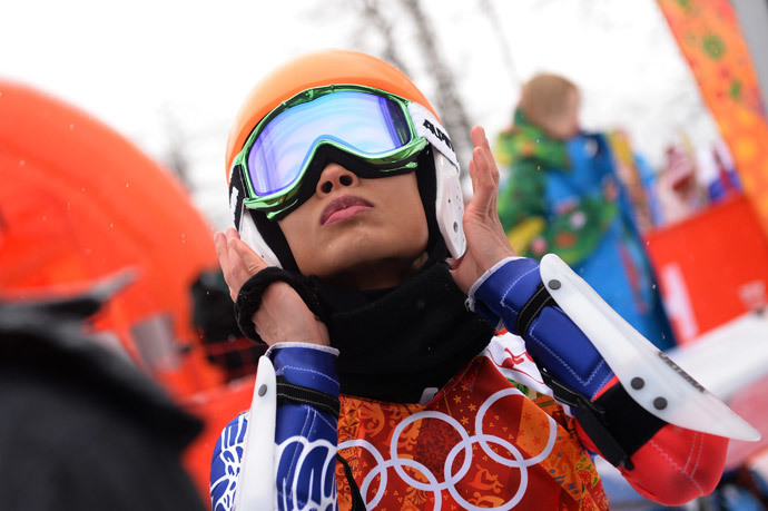Thailand's Vanessa Vanakorn (Mae) gets ready to take the start of the Women's Alpine Skiing Giant Slalom Run 1 at the Rosa Khutor Alpine Center during the Sochi Winter Olympics on February 18, 2014. (AFP Photo / Dimitar Dilkoff)