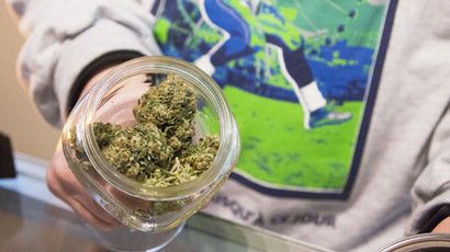 ​Canada considers fines instead of charges for pot possession
