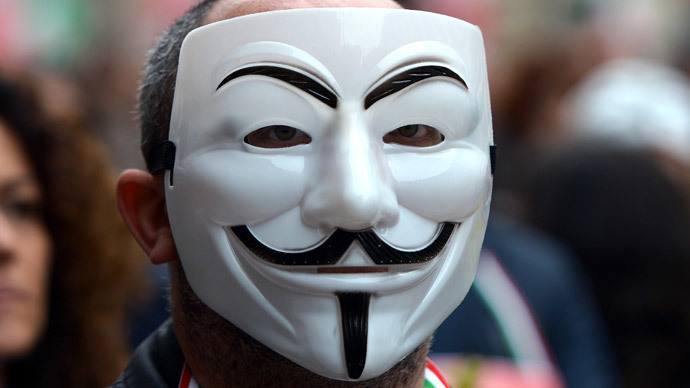 FBI may put alleged Anonymous member behind bars for 440 years