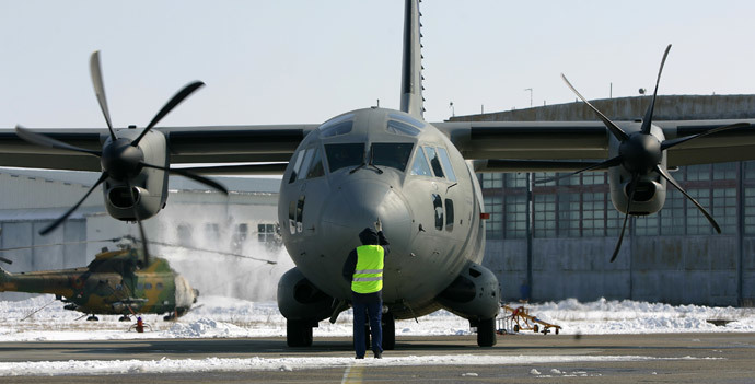 A C-27J Spartan like those used by Bulgaria in the 2013 NATO drill (Reuters / Bogdan Cristel)
