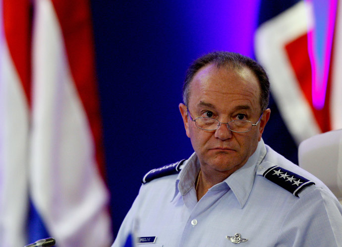 NATO's Supreme Allied Commander Europe, U.S. Air Force General Philip Mark Breedlove (Reuters / Bernadett Szabo)