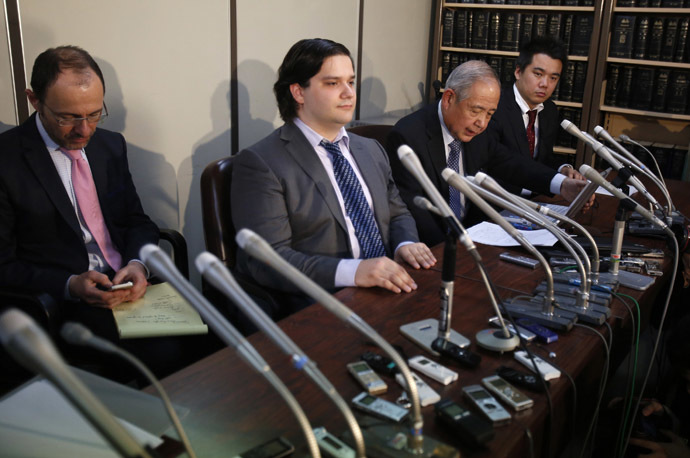 Mark Karpeles (2nd L), chief executive of Mt. Gox, attends a news conference at the Tokyo District Court in Tokyo February 28, 2014. (Reuters/Yuya Shino)