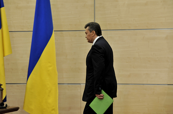 Ukrainian president Viktor Yanukovych arrives for his press-conference in southern Russian city of Rostov-on-Don, on February 28, 2014. (AFP Photo / Andrey Kronberg)