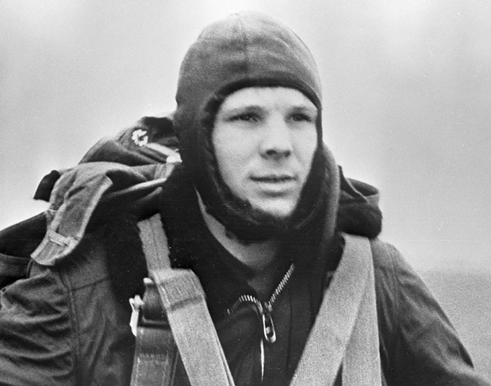 Yury Gagarin training. A shot from the documentary film The First Flight to the Stars.(RIA Novosti)