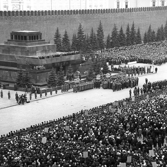 Funeral of the Heroes of the Soviet Union, pilot-cosmonaut Yury Gagarin and colonel-engineer Vladimir Seregin. Funeral meeting on Red Square.(RIA Novosti / Lev Ivanov)