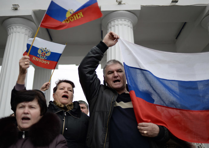Participants at the rally staged on Nakhimov Square in Sevastopol in support of the Crimean Parliament and Sevastopol City Council's decision to reunite with Russia.(RIA Novosti / Valeriy Melnikov)