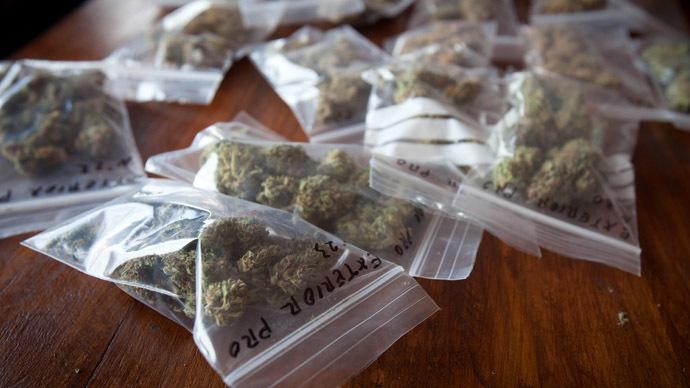 California Democrats write marijuana legalization into party platform