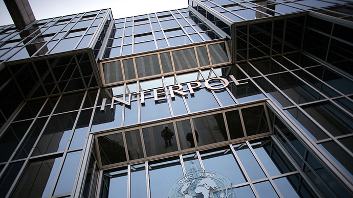 Interpol stolen passport database open to 2 airlines