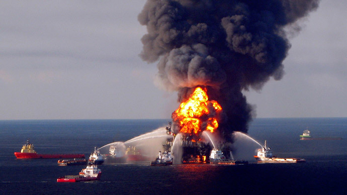 BP caps cash pipeline to research worst oil spill in US history