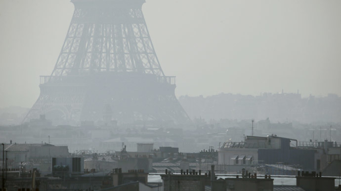 'As polluted as Beijing': Paris makes public transport free amid smog crisis