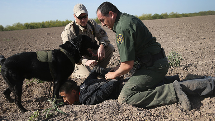 ​Border agent assaulted three surrendering female immigrants before committing suicide