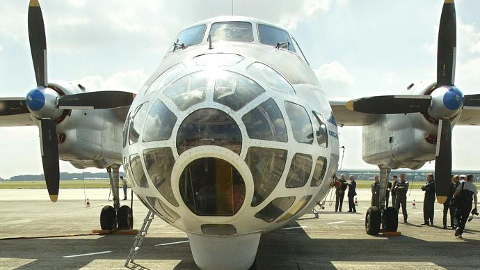 A Russian Antonov-30B airplane.(Reuters / Francois Lenoir)