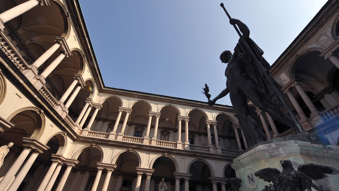 Damaging selfie: Student breaks 19th century statue in Milan while taking pic of himself