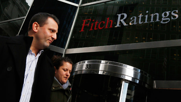Stable to Negative: S&P, Fitch cut Russia's rating on sanction fears