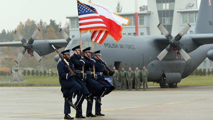 A detachment of 10 US airmen opens America's first permanent military mission in Poland at the air base in Lask, central Poland, on November 9, 2012.(AFP Photo / Janek Skarzynski)