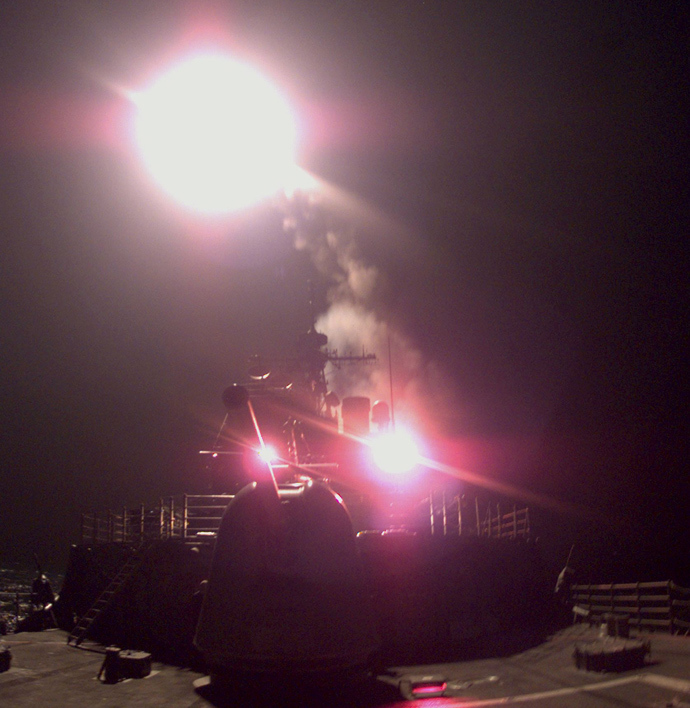 A Tomahawk cruise missile is launched from the US Navy cruiser USS Philippine Sea 25 March 1999. (AFP Photo)
