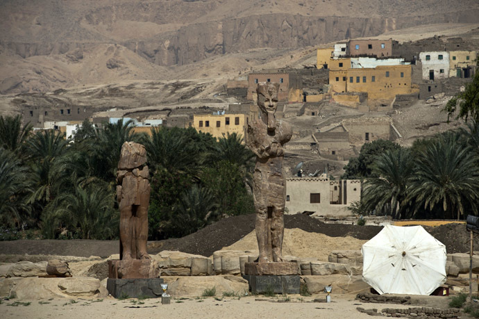 A picture taken on March 23, 2014 shows newly displayed statues of pharaoh Amenhotep III in Egypt's temple city of Luxor. (AFP Photo)