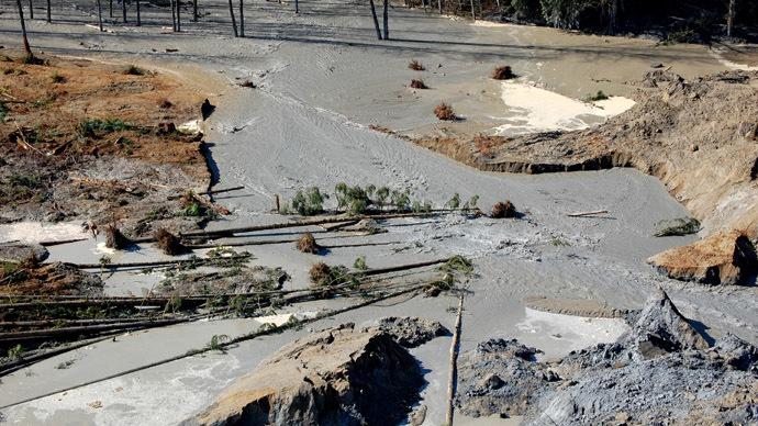 Officials confirm 100 missing, 14 dead after Washington mudslide