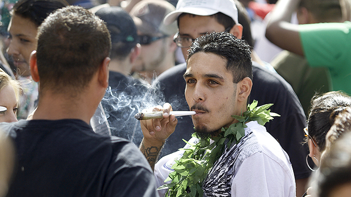 Colorado approves retroactive reversal of marijuana convictions