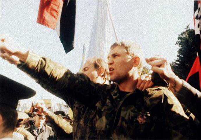 Muzychko attends a meeting of Ukrainian nationalists, 1990s