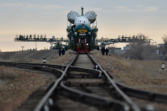 The Soyuz-FG booster vehicle and the Soyuz TMA-12M manned spaceship is moved to the launch pad at Baikonur Cosmodrome.(RIA Novosti / Ramil Sitdikov)