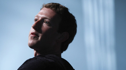 Zuckerberg stuns Beijing crowd with 30 minute Q&A session in Chinese (VIDEO)