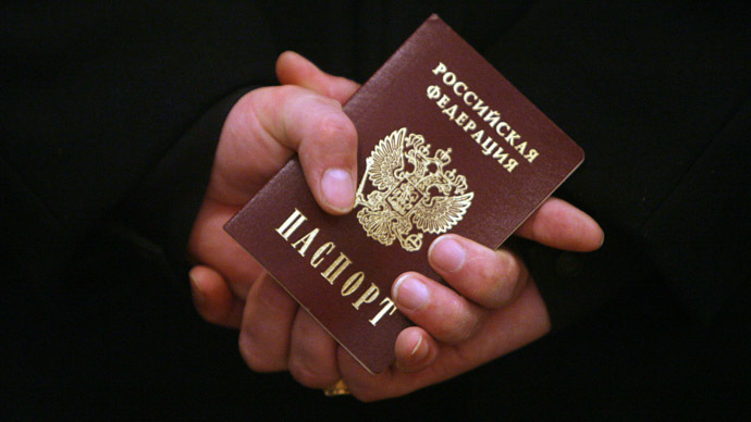 MPs suggest new restrictions for Russians with foreign citizenship