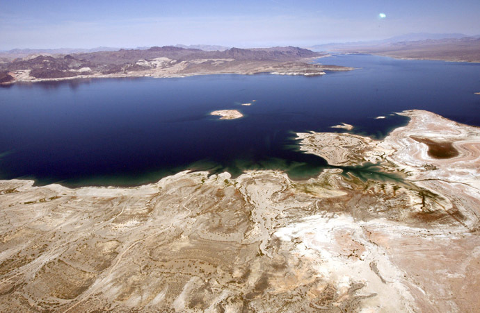 An aerial view of Lake Mead (Reuters/Mario Anzuoni)