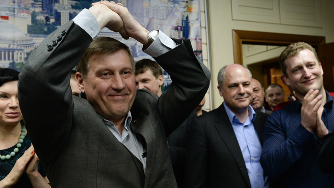 Communist candidate tops mayoral poll in Siberia's biggest city