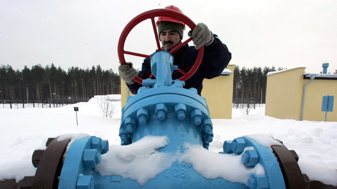 Putin tells Europe Ukraine gas debt 'critical', transit threatened